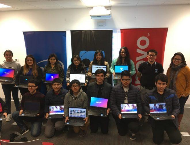 Fotos de Alianza entre Lenovo y FractalUp: Hace Realidad el Primer Banco de Laptops para la Educación