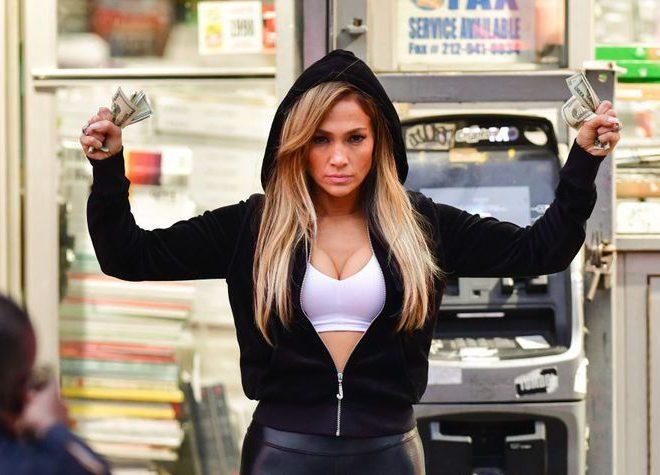 Fotos de Primeras Fotos de Jennifer Lopez y Cardi B en para la Película Estafadoras de Wall Street