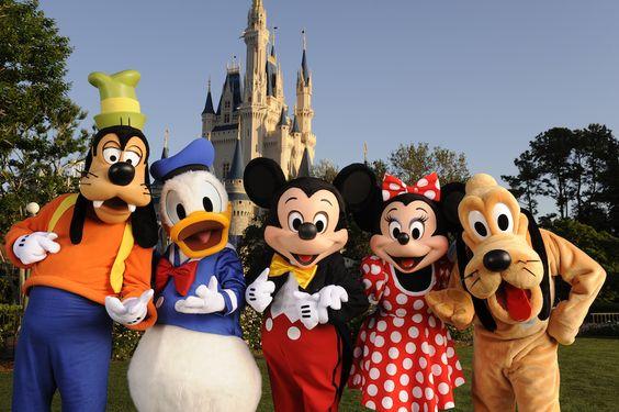 Fotos de Los Personajes de Disney llegan a Lima con el show Disneymanía para celebrar El Día Del Niño