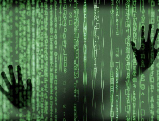 Fotos de Espionaje online Cómo sucede sin ser percibido y cómo evitarlo