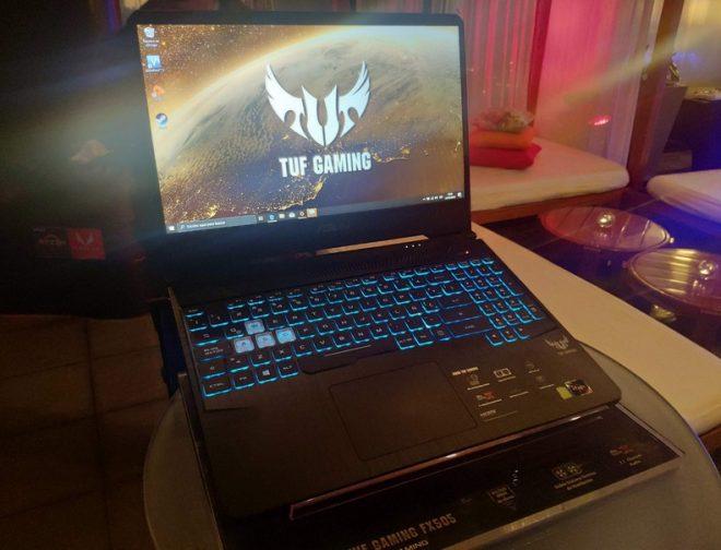 Fotos de Asus y AMD presentaron la nueva TUF Gaming F505