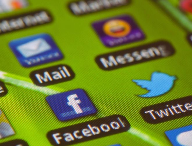 Fotos de VIDEO: Apps que debes eliminar de tu celular AHORA!
