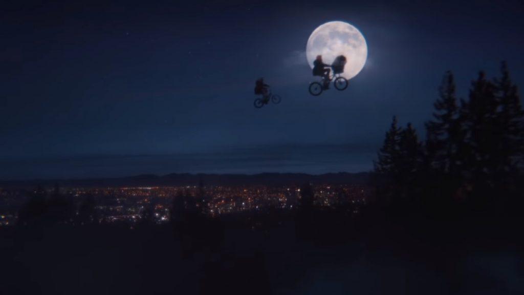 Foto de E.T. y Elliott se reencuentran por navidad