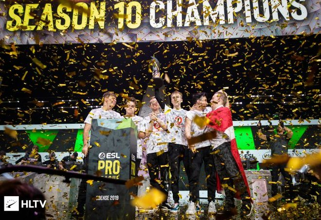 Fotos de Mousesports Campeón de la ESL Pro League Season 10