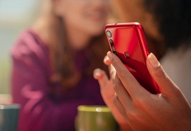Fotos de La Genial y Versátil Línea Moto G de Motorola, Llega a los 100 millones de Unidades Vendidas