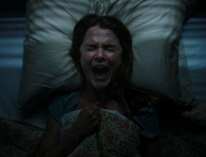 """Fotos de Vean Aquí el Tráiler y Afiche de """"Espíritus Oscuros"""", Película Producida por Guillermo del Toro"""