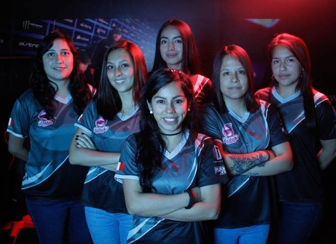 Fotos de Entrevista: Camila Zúñiga (MADPAX), Nos Cuenta más de Ghost Reborn Equipo Peruano de CS:GO