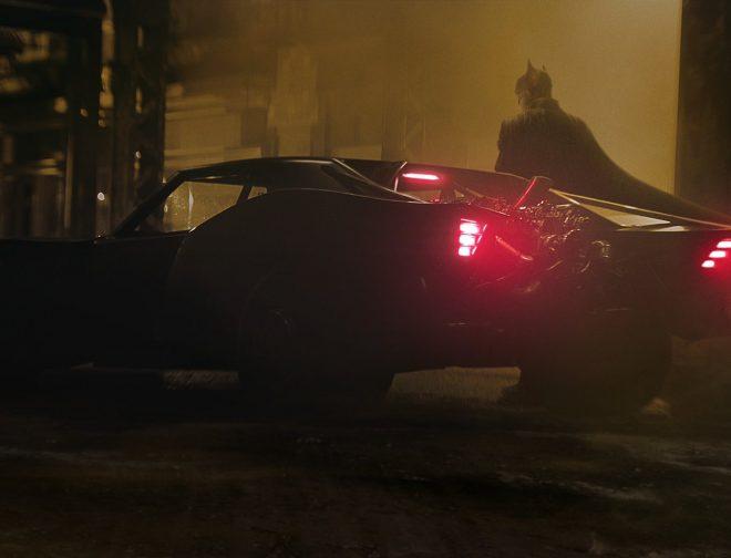 Fotos de El Director Matt Reeves Comparte el Primer Vistazo del Batimóvil para The Batman