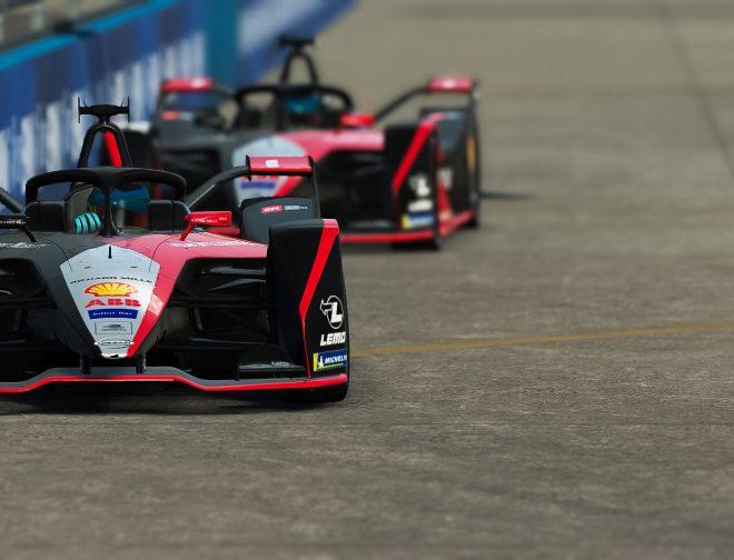 Fotos de Nissan e.dams obtiene su primera victoria en la serie electrónica esports de Formula E