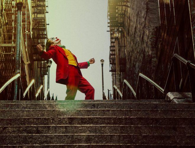 Fotos de GUASÓN, La Película Taquillera Basada en el Super-Villano de DC Comics Llega a HBO en Julio