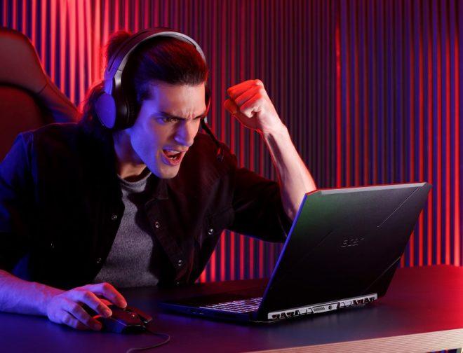 Fotos de Cómo ser Pro PC Gamer: Competir Fuera del Juego