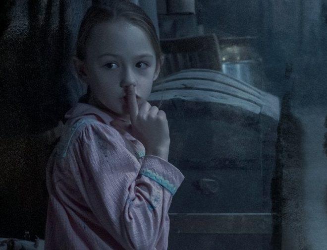 Fotos de El Terror Regresa a Netflix con el Primer Avance de La Maldición de Bly Manor
