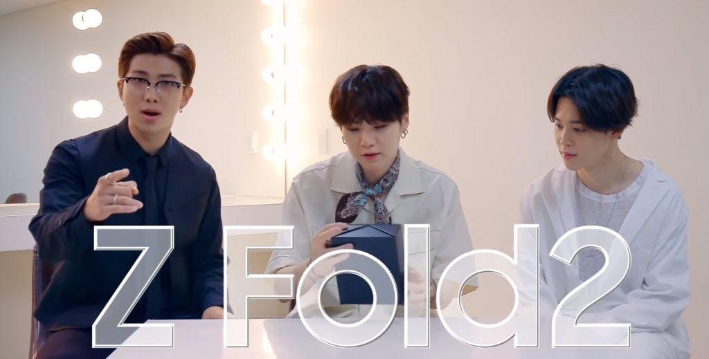 Foto de BTS prueba tomar fotos con el Galaxy Z Fold2