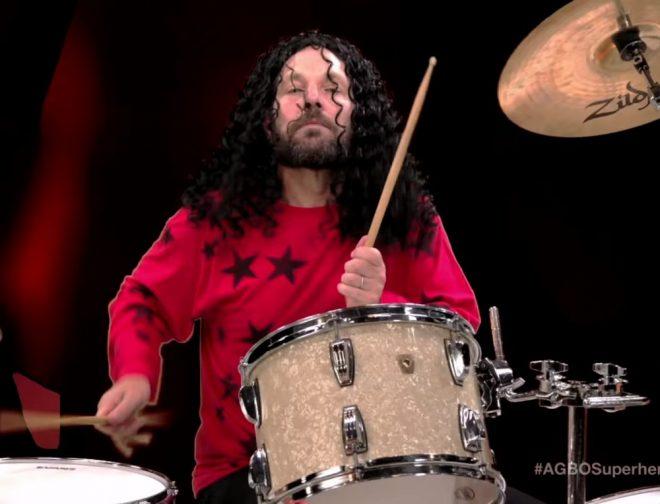 "Fotos de Paul Rudd interpreta ""Iron Man"" de Black Sabbath, para burlarse de Robert Downey Jr"