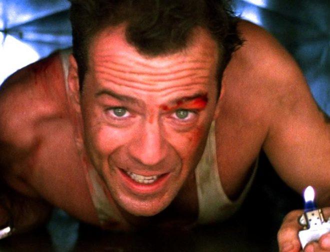 Fotos de Bruce Willis regresa como John McClane en divertido comercial