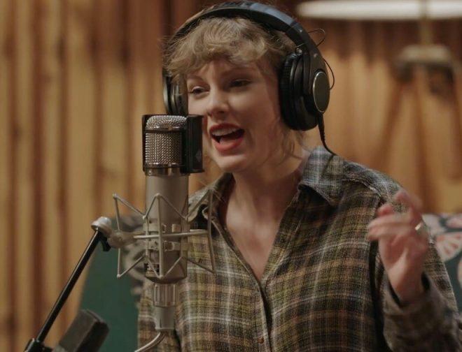 """Fotos de Taylor Swift comparte el video de """"Exile"""" su nueva canción nominada a los premios Grammy"""