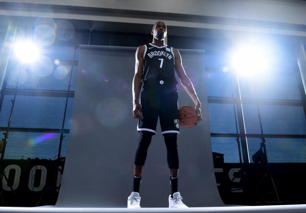 Foto de Motorola y Brooklyn Nets anuncian una alianza de patrocinio oficial