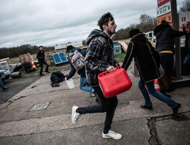Fotos de Tráiler: The Collapse, la serie donde la sociedad se precipita en el caos