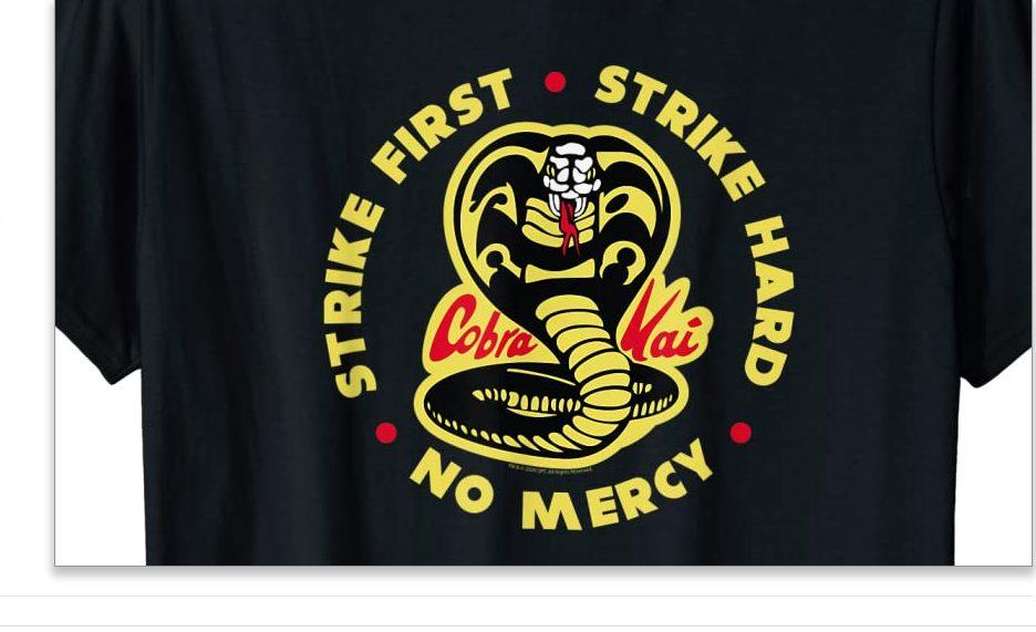 Foto de Ya se pueden comprar los polos oficiales de la serie Cobra Kai