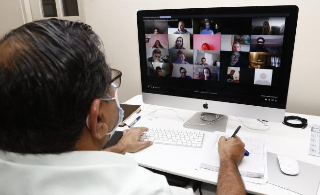 Fotos de D-LINK capacitó a más de 4,000 docentes peruanos en  conectividad inalámbrica y sus aplicaciones