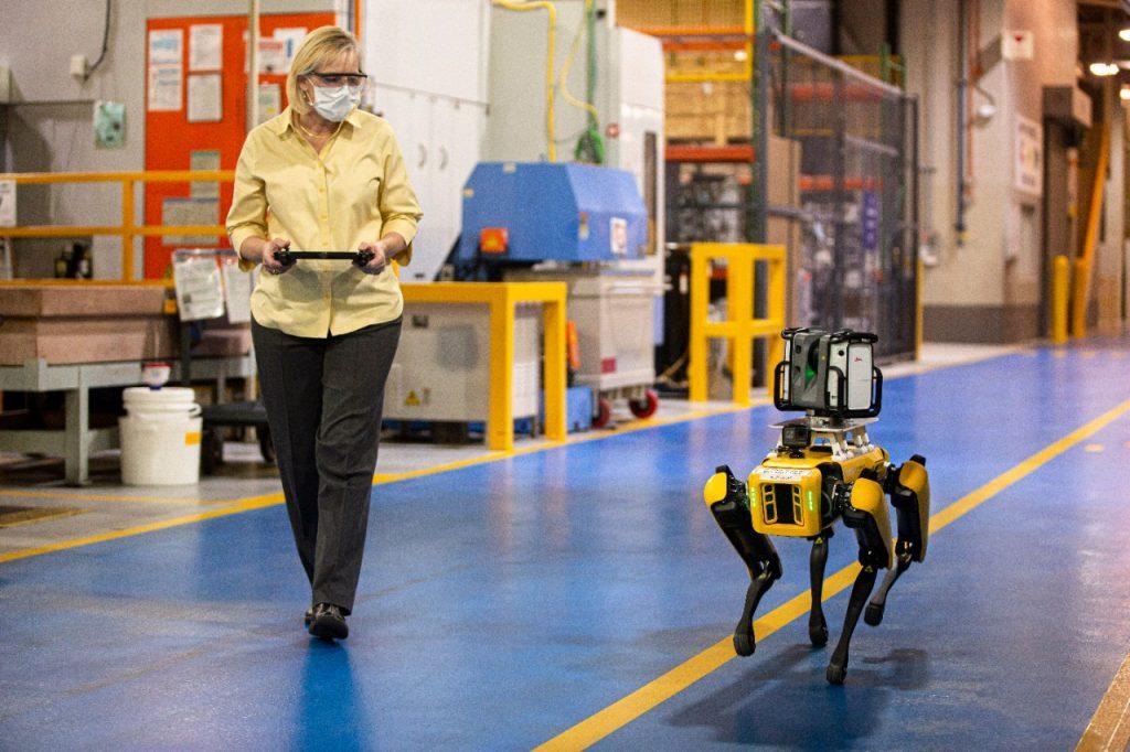 Foto de 5 tecnologías que han cambiado la manera de producir vehículos en Ford
