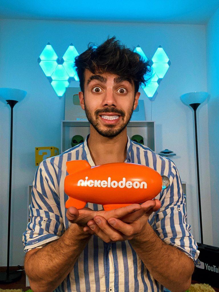 """Foto de YouTuber Fede Vigevani es elegido como """"Influencer Latino del Año"""" por Nickelodeon"""
