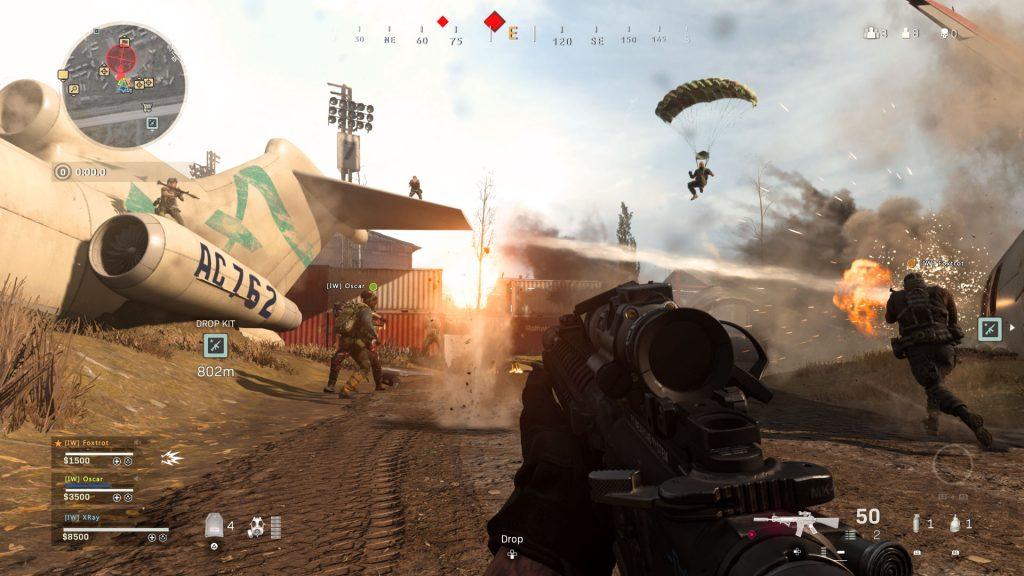 Foto de COD: Warzone aterriza en AMD Red League