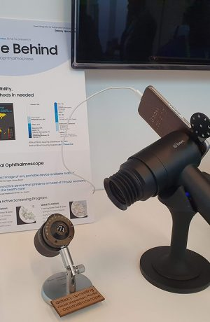 Foto de EYELIKE de Samsung reutiliza los teléfonos inteligentes Galaxy para lograr el acceso al cuidado de la vista