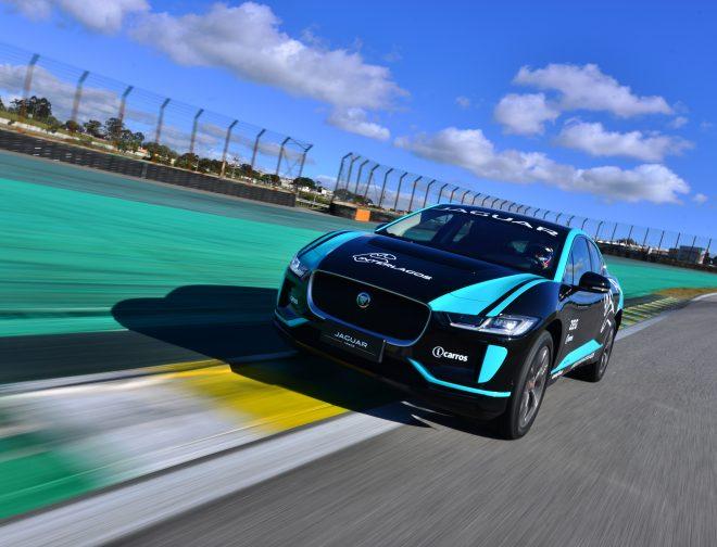 Fotos de El Jaguar I-PACE, establece un nuevo récord en el Autódromo de Interlagos en São Paulo