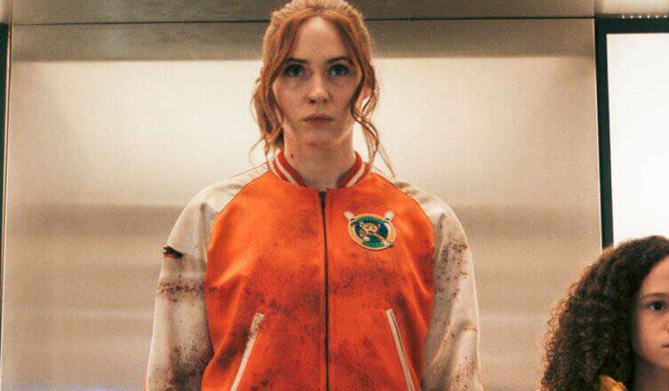 Foto de Tráiler: Gunpowder Milkshake espectacular película de acción con Karen Gillan