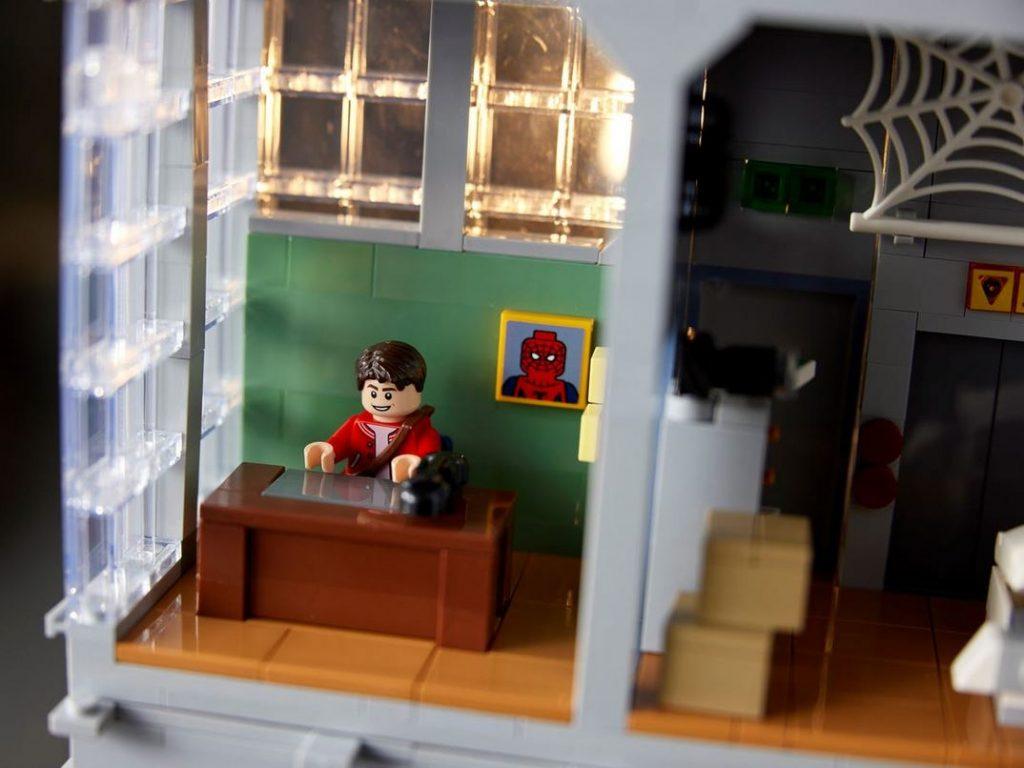 Foto de FOTOS: LEGO da a conocer el set más grande de Marvel, el edificio de The Daily Bugle