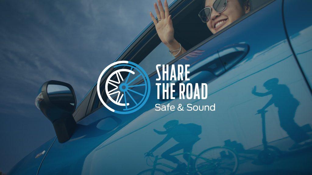 Foto de Ford demuestra cuanto afectan los audífonos a la seguridad vial