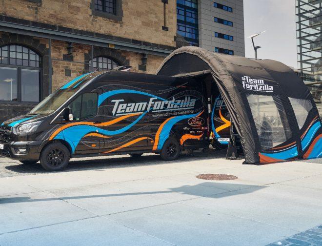 Fotos de Team Fordzilla inicia su viaje por Europa con 'Gaming Transit' y lleva diversión accesible a jóvenes jugadores