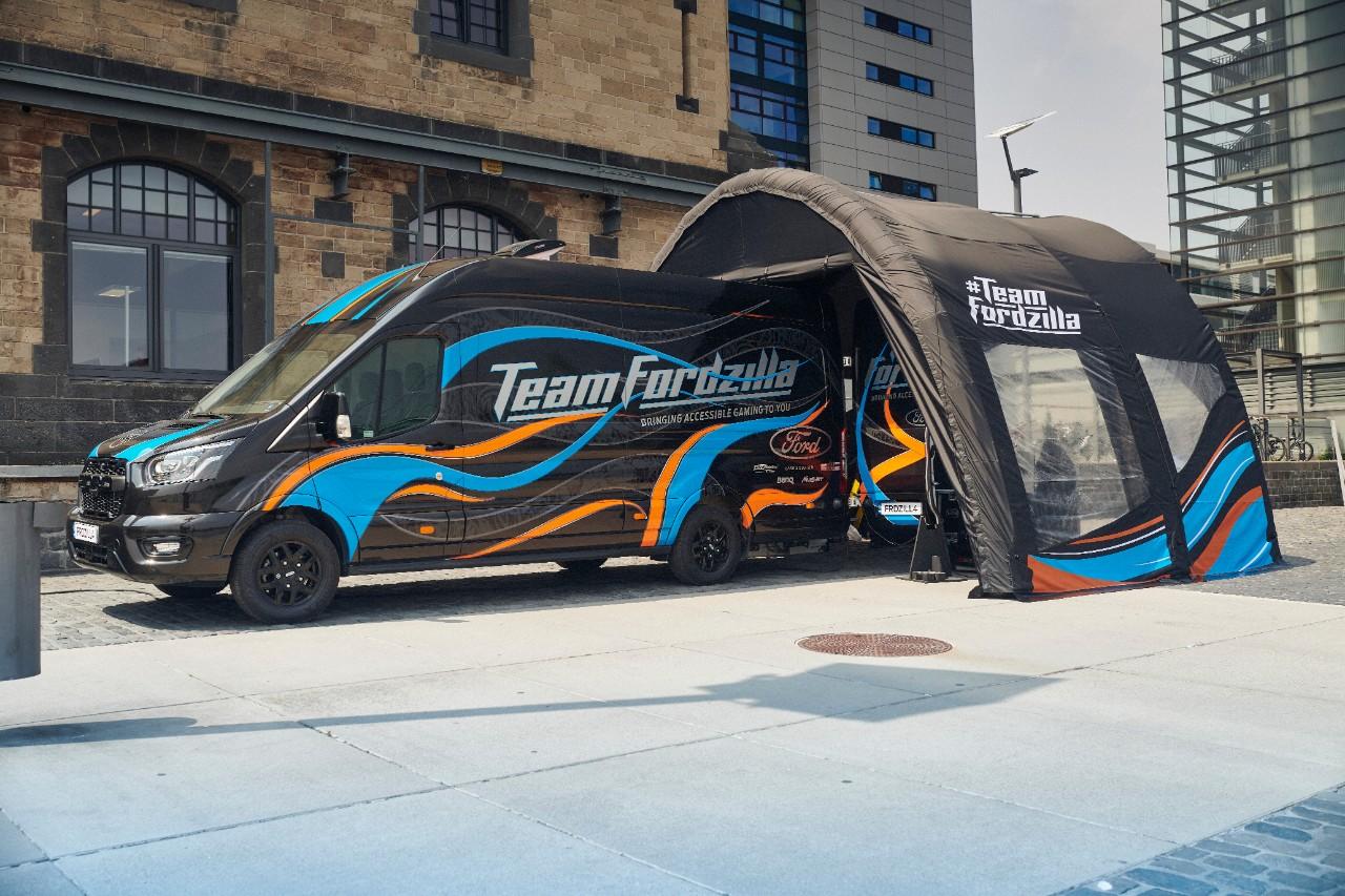Foto de Team Fordzilla inicia su viaje por Europa con 'Gaming Transit' y lleva diversión accesible a jóvenes jugadores