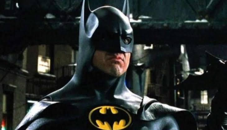 Foto de Andy Muschietti revela el traje de Batman en la Película The Flash