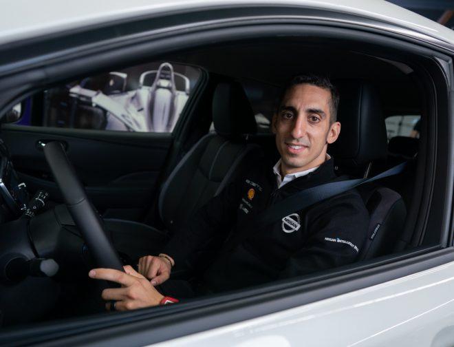 Fotos de Sébastien Buemi, ha adoptado la movilidad eléctrica dentro y fuera de la pista con su Nissan LEAF