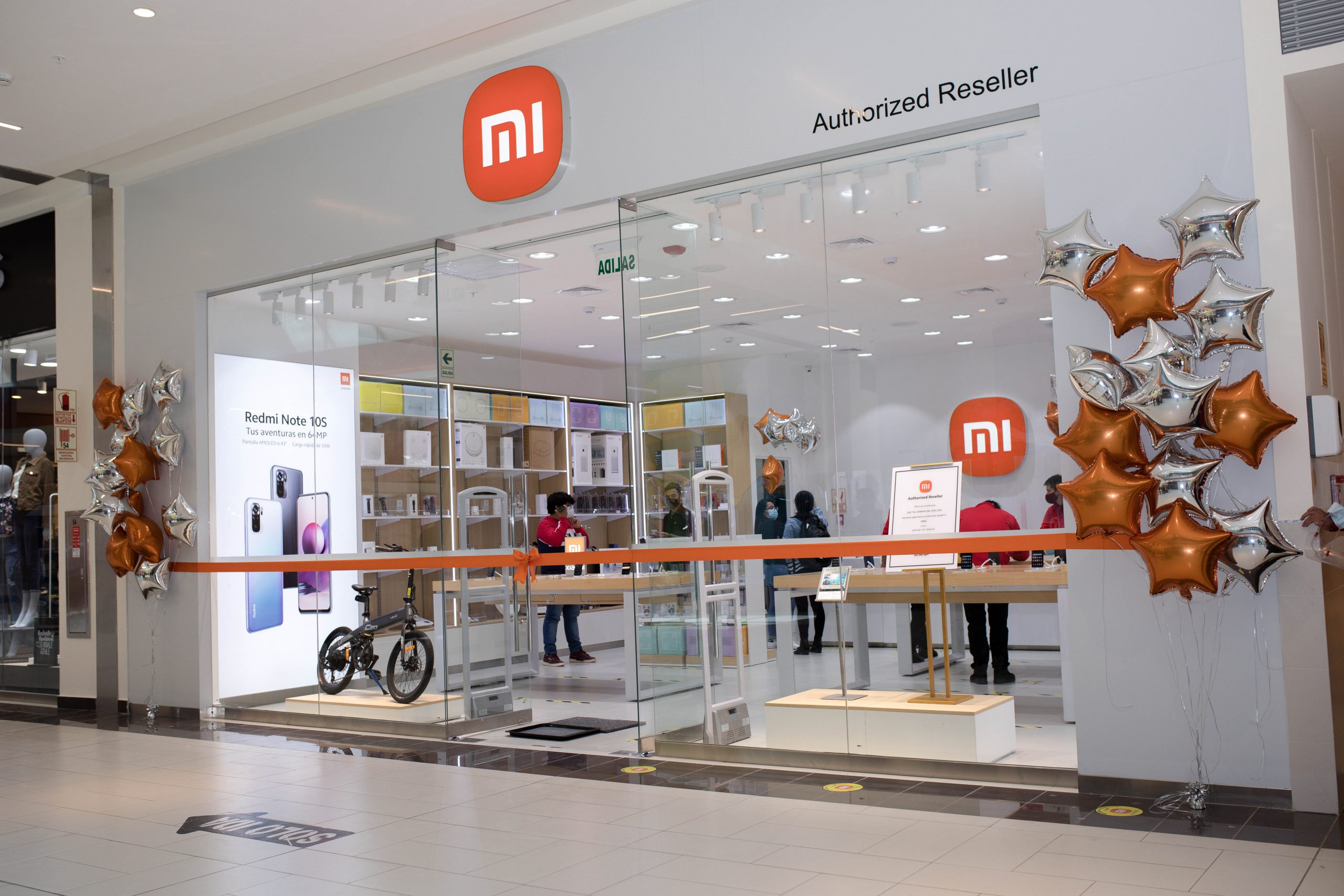 Foto de Xiaomi llegó a la ciudad imperial del Cusco y apertura su tercera tienda fuera de Lima