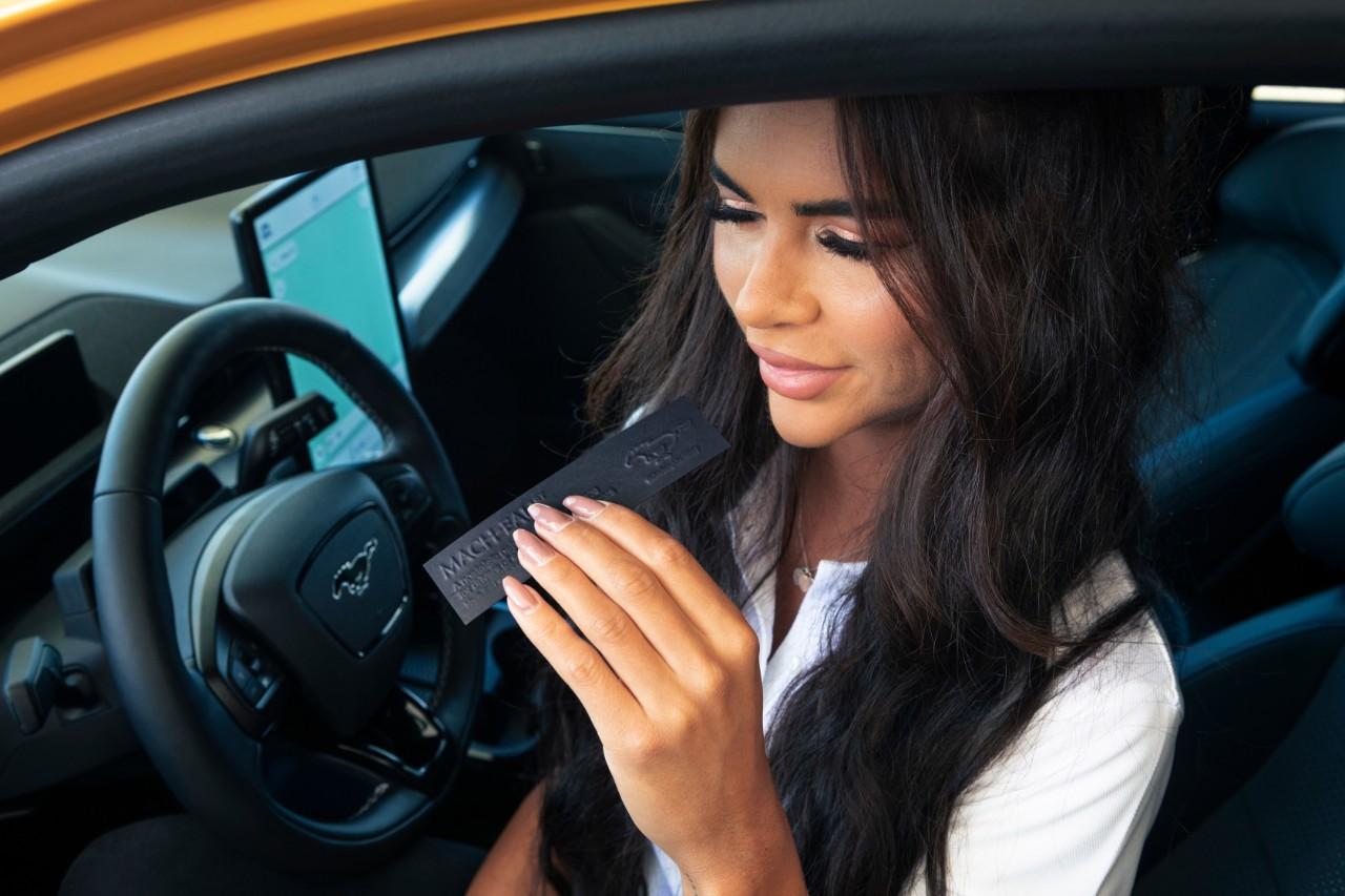 Foto de Ford crea una fragancia que emula el olor a gasolina para los vehículos eléctricos