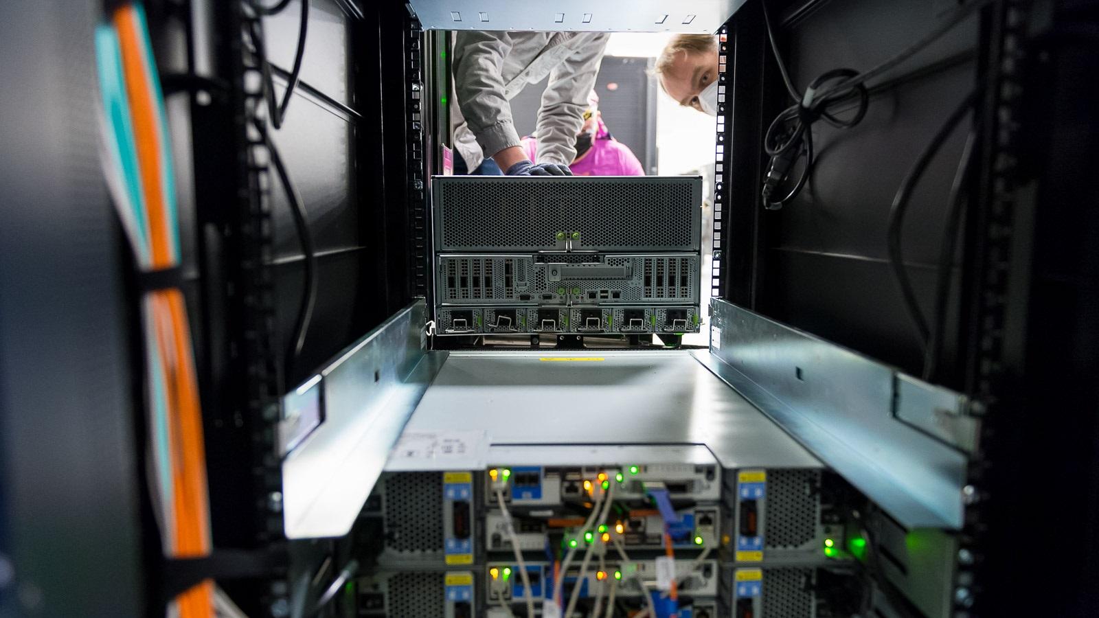 Foto de Procesadores AMD EPYC son seleccionados por el Laboratorio Nacional Argonne para preparar el futuro de la exaescala