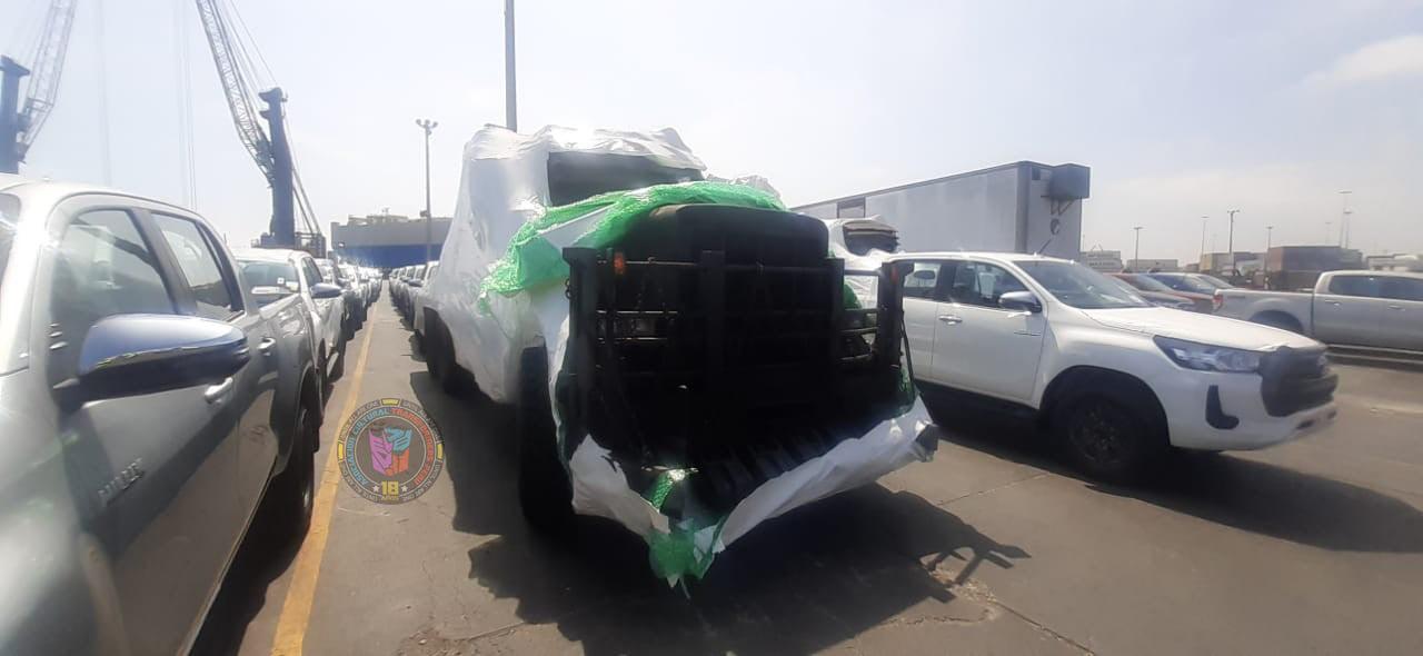 Foto de Llegan a Perú lo vehículos que se usarán en la película Transformers: El Despertar de las Bestias