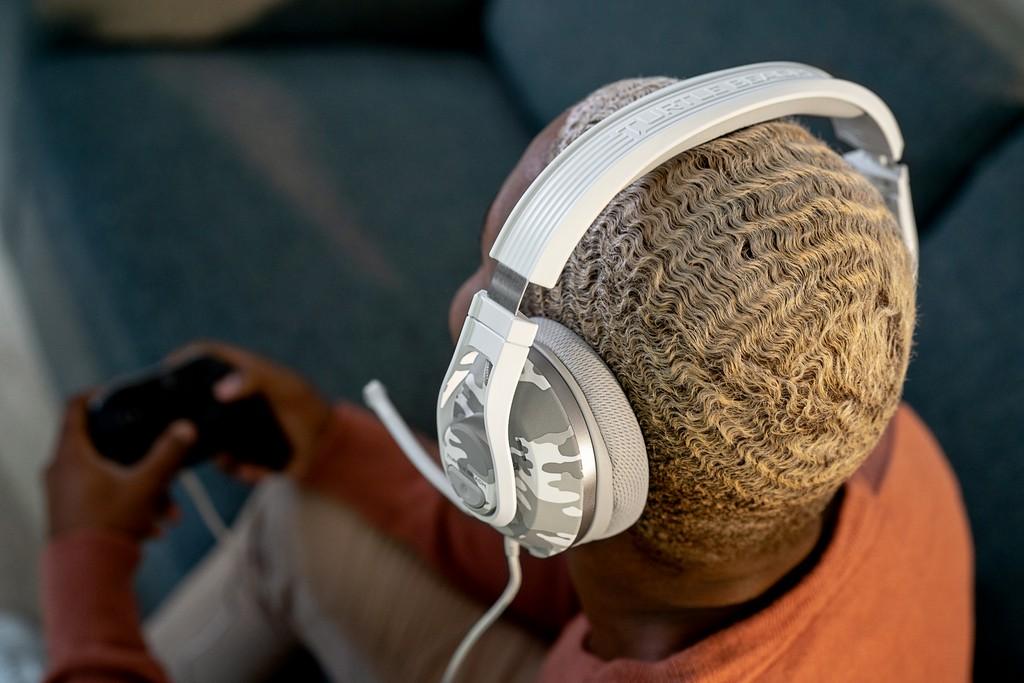 Foto de Llegan los nuevos auriculares Turtle Beach RECON 70 y su color de estreno Camo Ártico