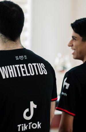 Foto de Infinity Esports presenta la camiseta que usará en el mundial de League of Legends