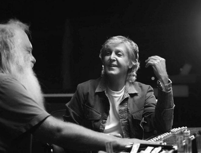 "Fotos de ""McCartney 3, 2, 1"" reveladora serie musical de Paul McCartney y el legendario productor Rick Rubin"